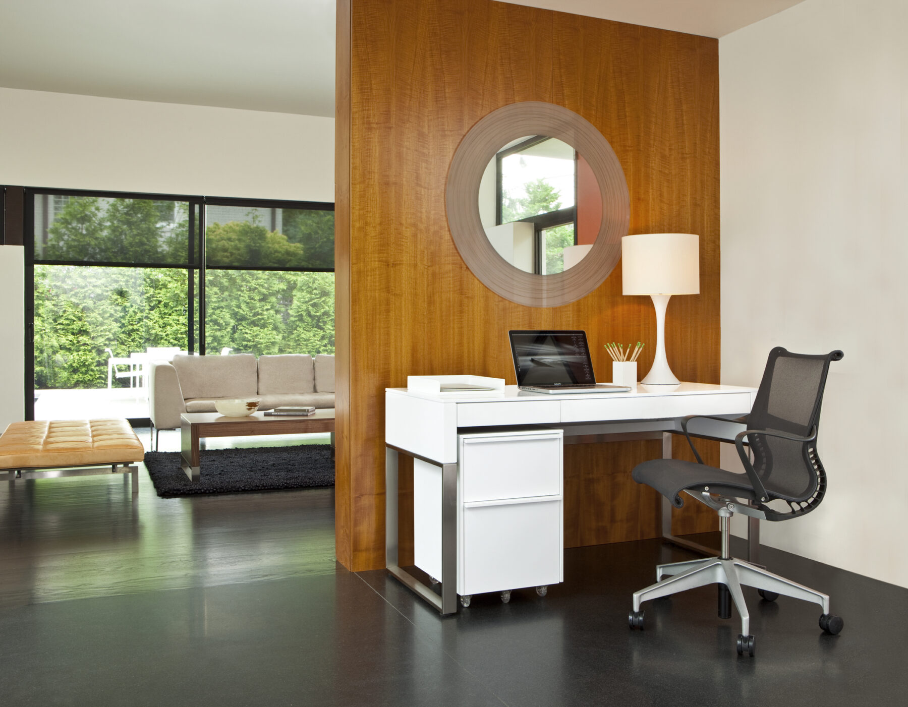 cascadia-office-white-bdi-small-office-furniture-lifestyle